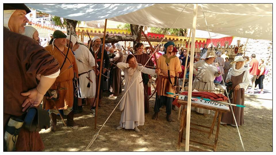 Arqueros en la Alvarada de Cañete