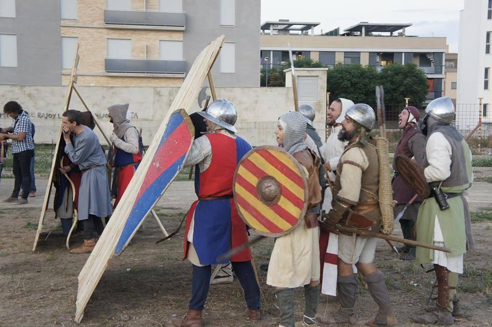 Tropas resguardadas de las flechas en la batalla de Alagón