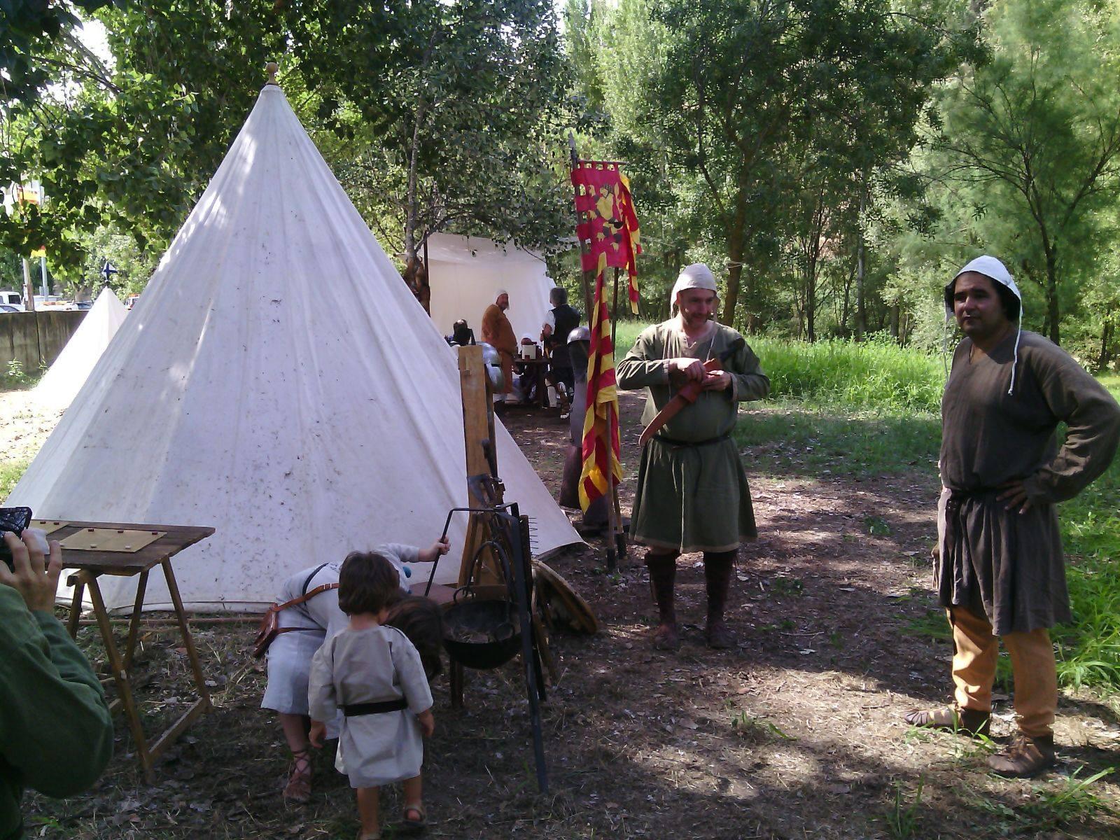 Campamento medieval de los esponsales de Ramon Berenguer IV y Petronila de Aragón en Barbastro