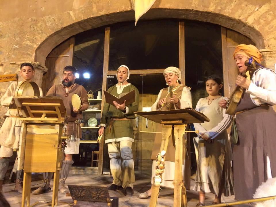 Juglares del Ripollet en su espectáculo de música medieval en Bagá