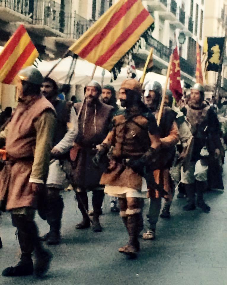 Desfile medieval de los Almogávares por las calles de Teruel en la Partida de Diego